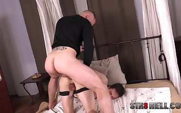 Kinky licentious gay game at habitation be useful to the naked hubby