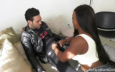 Chubby ebony spread out Jayden Starr is fucked by white cocky dude