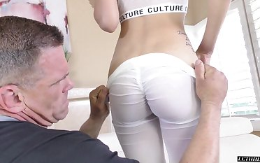Old boxing coach gets to be crazy that pretty doll and she can swell up some dick