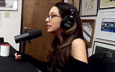 Mad talking with XXX star Jenna Haze on podcast