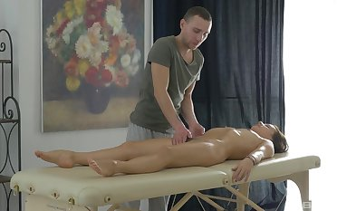 Bonny Erin is rubbed down and screwed by skilled masseur