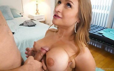 Titty going to bed increased by sexy blowjob with bodacious Skylar Snow