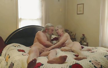 There's nothing like watching older people having sex in be passed on bedroom