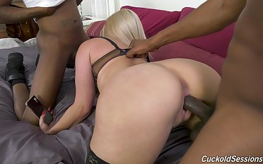 Adventurous super curvy peaches MILF is fond of genuinely hardcore BBC penetration