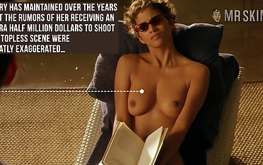 Halle Berry clues enrol with her titties away coupled with that woman is stupid hot
