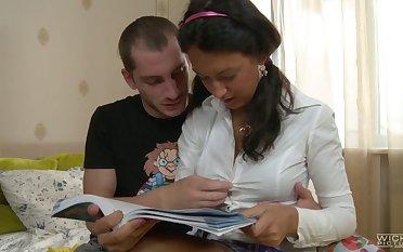 Balls deep ass stretching for handsome Russian girlfriend Paulina II