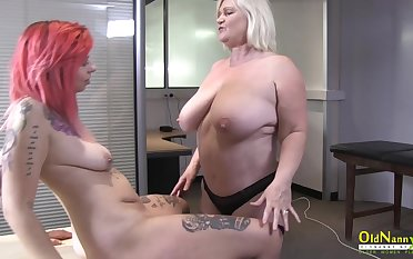 British mature star enjoying burlesque and making love with lesbian friend