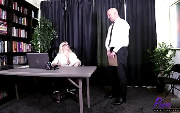 Alice Frost -The Boss Spice Up Her Office Routine