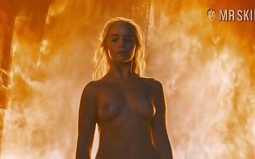 Hot blonde girl Emilia Clarke is atop invigoration in all the meanings of this word