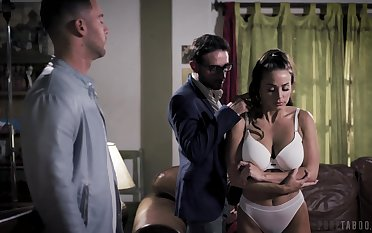Two brutal guys fuck seductive babe Abigail Mac in brashness together with pussy