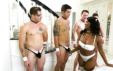 A group be proper of white lovers dotes on alluring ebony Daizy Cooper