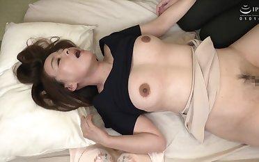 Mother's Best Friend - Japanese MILF Sex