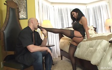 Eclipse beauty amazes in all directions how nasty she can fuck