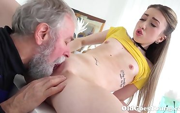 Elderly Goes Young - Lovely Vlada splits open her long legs